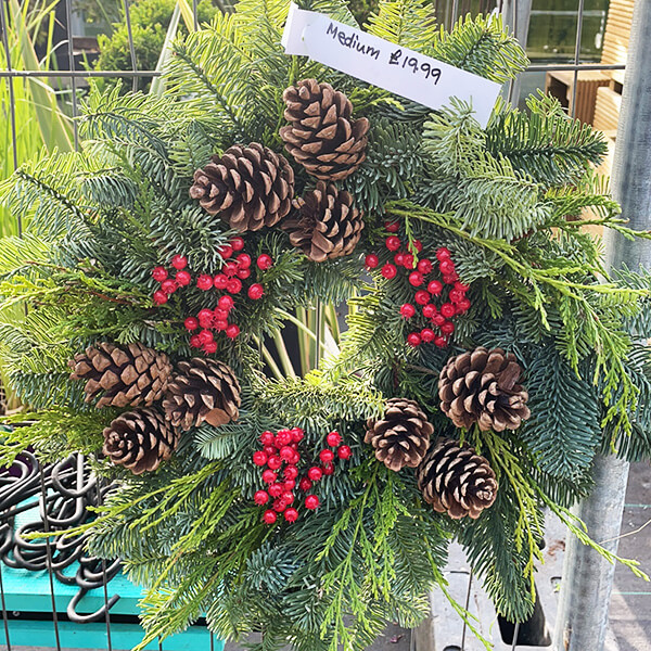 Medium Natural Wreath | Marl Pits Garden Centre